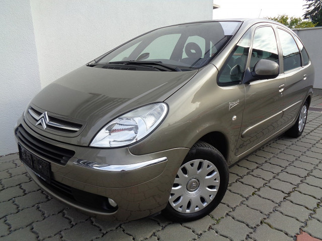 Citroën Xsara Picasso 1,6i First bei Ford Gaberszik Graz in