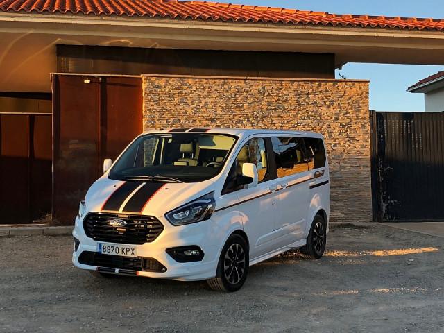 Ford Transit Custom **Sport** Aut. Diesel DOPPELKABINE 2,0 TDCi L1H1 320 bei Ford Gaberszik Graz in